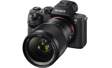 The Sony A7R II with 42 Megapixels and 4K Video